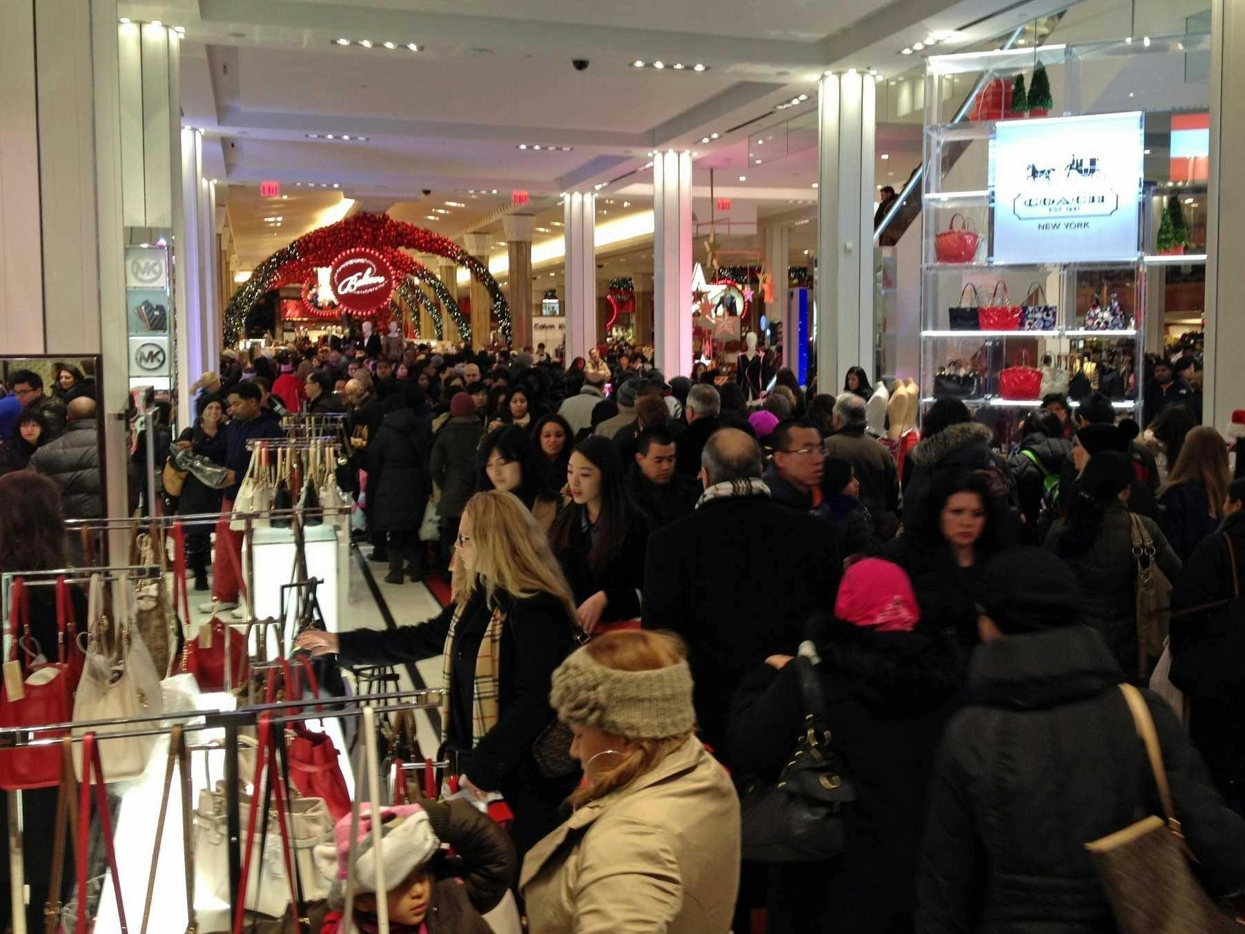Holiday Shopping With 174 Million Of My …